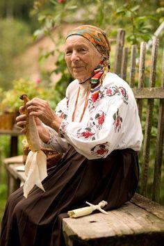 Kukurudzyana lyal'ka vid babusi, Ukraine, from Iryna with love