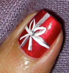 red nail, holiday nails, christmas presents, christmas nails, christmas bows, nail arts, bow nails, christmas nail art, christmas gifts