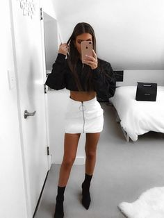 White Skirt Outfits, Komplette Outfits, Teenage Outfits, Cute Casual Outfits, Night Outfits, Fall Outfits, Fashion Outfits, Womens Fashion, Classy Outfits For Going Out