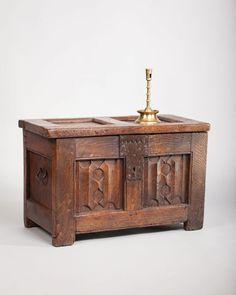 Late Gothic linenfold chest, circa 1460 - 1480. Marhamchurch antiques