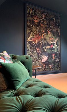 Arte Moooi Menagerie of Extinct Animals wallpaper. Order your Arte wallpaper online from The Best Wallpaper Place. Black Wall Clock, Feature Wall Living Room, Wallpaper Panels, Wallpaper Bedroom Feature Wall, Wallpaper, Feature Wall, Feature Wall Wallpaper, Wall Paneling, Wall Design