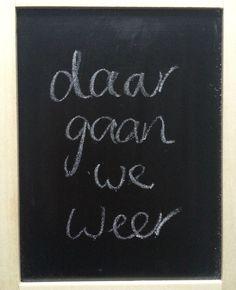 Denise blogt: 'RT als je ook nog best even had willen blijven liggen' twitterde ik. Met drie koppen koffie erbij. In no time had ik meer dan 10 retweets. | @dmiltenburg Flairathome.nl | #FlairNL