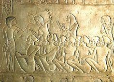 Bas-relief, gevangenen en bewakers, uit het graf van Horemheb, 1310 v. Chr. te Sakarra