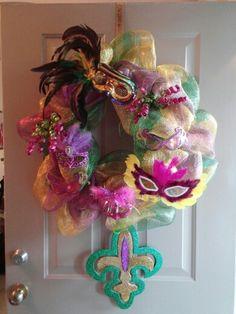 Mardi Gras Wreath DIY