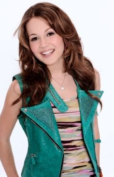 """Kelli Berglund thought dancing was her sole passion until the acting bug bit her at age ten. Now starring as bionic teenager Bree on the Disney XD show """"Lab Rats,"""" Berglund has established herself as an actor. Girl Celebrities, Celebs, Kelli Berglund, Lab Rats, Prettiest Actresses, Celebrity Gallery, Girl Meets World, Teen Actresses, Chanel"""