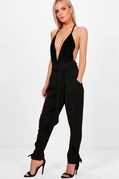 boohoo Petite Claire Tailored Ankle Tie Woven Trousers