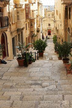 Bezienswaardigheden in Valletta (Malta). Bijzondere stedentrip? Op naar Valletta in Malta! Bekijk alle tips.