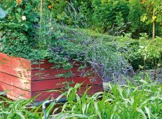 Potager en carré : fabriquer ses bordures  Fabriquer vos carrés de culture. Le potager en carré est idéal dans un petit jardin. Vous le créez là où bon vous semble et vous le cultivez en toute liberté.  Certains sont éphémères, le temps de la belle saison, d'autres vous serviront de nombreuses années.