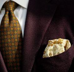 A close-up look at DocHolliday's shirt, tie, jacket and pocket square.