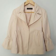 Zara 3/4 Bell Cuff Sleeve Blazer Excellent condition. 3 hidden button closure. Fast shipping. Thank you for shopping my closet! Xoxo Zara Jackets & Coats Blazers