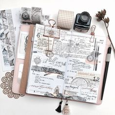 Gorgeous journal page idea... we all need more inspiration for own bujo, midoris and travel notebooks... Seeing other artists journals is always inspiring and gives you more ideas for another creative #planning project.. - the more the better ;)