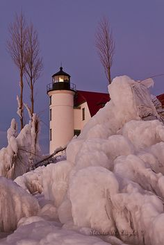 Point Betsie Lighthouse, Michigan.  Love this.  Also, what an inspiration for decorating using this color combination.