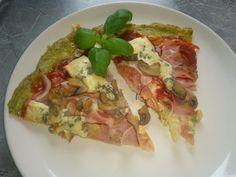 Zvířátkový den - brokolicová pizza: brokolici nastrouhat s mozzarelou, já přidala i tvrdý sýr, těsto líp drží, vejce, sůl a pepř, na plech na papír tak na 15-20 min, pak nahoru co je libo-protlak,oregáno,sýr,cibule,hermelín,niva, žampióny 20 Min, Delena, I Foods, Vegetable Pizza, Low Carb, Keto, Healthy Recipes, Vegetables, Fun