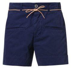 Elegante blå shorts til mænd i ni forskellige afskygninger.