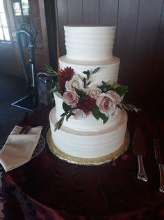 Simple Wedding Cake, Swipe Wedding Cake, Buttercream Cake, Floral Wedding, Swipe Pattern Wedding