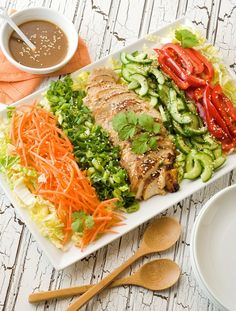 Gluten-free Asian Cobb Salad. Love this idea, so visually appealing. On the MRC program you could use green peppers and sub the carrots for another vegetable like tomatoes, or even chopped boiled eggs. Try the Walden Farms Asian salad dressing.