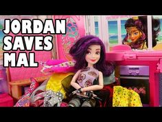 Wicked World Jordan Saves Mal From Descendants. DisneyToysFan.