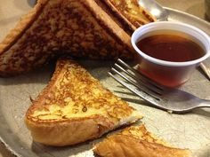 French #Toast- Imagine sinking your teeth into the warm crisp gooiness of a perfectly prepared piece of French #toast. Fried to a golden brown with a hint of butter and sweetness, the delicious texture melts in your mouth, especially when dipped in delicious maple syrup.