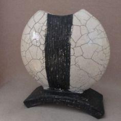 Vase contemporain  en céramique raku