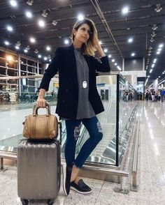 Travel outfit plane simple 64 ideas for 2019 Legging Outfits, Legging Jeans, Airplane Outfits, Casual Outfits, Fashion Outfits, Travel Outfits, Travel Clothes Women, Jeans Skinny, Airport Style