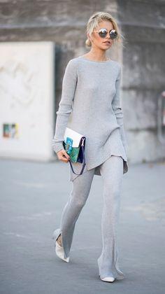 Caro Daur seen in the streets of Paris during Paris Fashion Week Spring/Summer 2017 on September 2016 in Paris, France. Street Style 2017, Street Style Looks, Street Chic, Knitwear Fashion, Fashion Pants, Fashion Outfits, Style Fashion, Fashion Beauty, Paris Fashion
