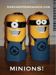 Harvard Homemaker Easy No-Sew DIY Minion Costumes - Harvard Homemaker Diy Minion Costume, Diy Costumes, Halloween Costumes, Costume Ideas, Minions, Halloween 2015, Halloween Party, Diy Adult, Minion Party