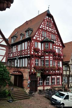 Miltenberg - Deutchland Best Picture For facade house For Your Taste You are looking for something, and it is going to tell you exactly what you are looking for, and you didn't find that picture. Architecture Old, Amazing Architecture, Architecture Details, Rustic Houses Exterior, Exterior House Colors, Barn Conversion Kitchen, Timber Window Frames, Log Cabin Kitchens, Mountain Home Exterior
