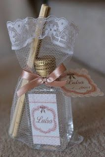 Discover recipes, home ideas, style inspiration and other ideas to try. Shower Party, Baby Shower Parties, Wedding Favours, Party Favors, Idee Diy, Ideas Para Fiestas, Gift Baskets, Christening, Wedding Events