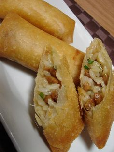 You happen to some steamed (cold) rice leftovers? Great! You just need (made from rice rice powder or wheat flour) imperial roll wrappers, some natto, thi leeks and soy sauce to make a satisfying a...
