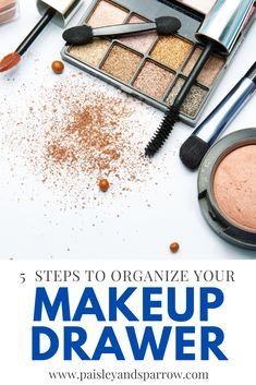 Organize your makeup products in your bathroom or vanity! This post has 5 simple steps to have an organized makeup drawer. Make getting ready easy in the morning! #makeup #organization