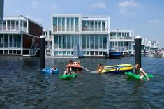 floating houses in IJburg/ netherlands- architectenbureau marlies rohmer