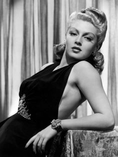"""Julia Jean """"Lana"""" Turner (February 8, 1921 – June 29, 1995) was an American film and television actress. Description from pixgood.com. I searched for this on bing.com/images"""
