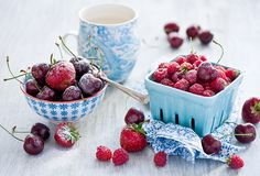 COOKING FOR PLEASURE - Stay cool! by Anna Verdina (Karnova) or The Little Squirrel Non Alcoholic Drinks, Beverages, Elegant Appetizers, Fruit Of The Spirit, Recipe Boards, Stay Cool, Smoothies, Nom Nom, Food Photography