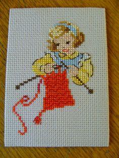 petite tricoteuse de Roselyne Cross Stitch Fairy, Xmas Cross Stitch, Cross Stitch Needles, Cross Stitch Cards, Cross Stitch Embroidery, Cross Stitch Patterns, Card Patterns, Hand Embroidery Patterns, Crochet Slipper Pattern