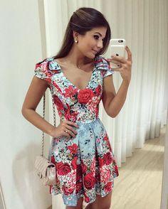 {Lady like❤️} Vestido @mabumastore Não aguento tanta beleza!! Os lacinhos no ombro estão demais ❤️ Disponível online: www.mabumastore.com