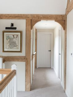 34 ideas farmhouse door frame border oak for 2019 Oak Frame House, Barn Door In House, Cottage Shabby Chic, Border Oak, Arched Doors, Internal Doors, Panel Doors, Rustic Stairs, Wood Stairs