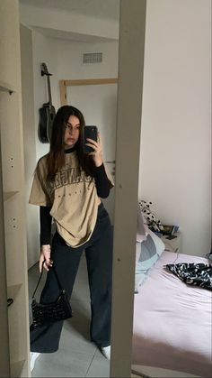 Indie Outfits, Edgy Outfits, Teen Fashion Outfits, Retro Outfits, Cute Casual Outfits, Simple School Outfits, Fashion Mode, Tomboy Fashion, Streetwear Fashion