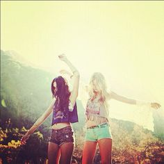 Sister summer <3 reminds me of my girls :)