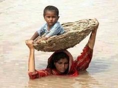 Pakistan Floods – Mother's love is the greatest. Kids Around The World, We Are The World, People Around The World, Around The Worlds, Mothers Love, Happy Mothers Day, Poor Children, Mother And Child, World Cultures