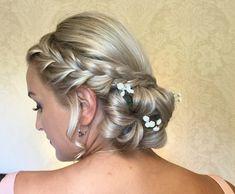 Curled Wedding Hair, Short Wedding Hair, Curl Styles, Short Hair Styles, Wedding Hairstyles Half Up Half Down, Up Hairstyles, Wedding Makeup, Curls, Fashion