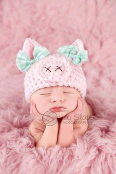 chapeau de bébé cochon / / chapeau de printemps / / photo nouveau-né prop / / piggy chapeau / / pink / / baby chapeau fille / / animal chapeau / / OINK / / baby prop photo fille / / arcs par bitOwhimsy sur Etsy https://www.etsy.com/fr/listing/123881984/chapeau-de-bebe-cochon-chapeau-de