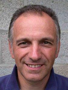 Listen Rene Minten PE teacher in Belgium explain his challenges to promote the game