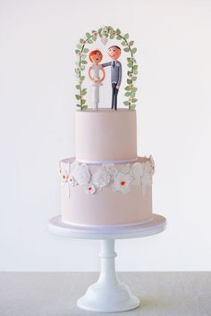 Rustic and vintage wedding cake ideas: Faye Cahill Cake Design