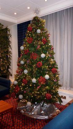 Urban Urban Planters, Christmas Tree, Holiday Decor, Ideas, Home Decor, Manualidades, Art, Teal Christmas Tree, Decoration Home