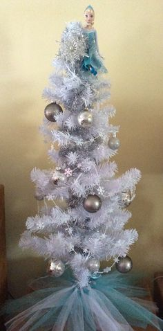 frozen elsa christmas tree 2014 - Elsa Christmas Decoration