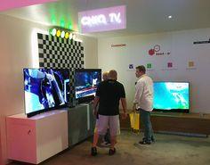 Lors de la foire de Canton, en Chine, qui se tenait de la mi-avril jusqu'au 5 mai, le constructeur chinois ChangHong a dévoilé plusieurs TV remarquables sous la marque Chiq, dont la commercialis