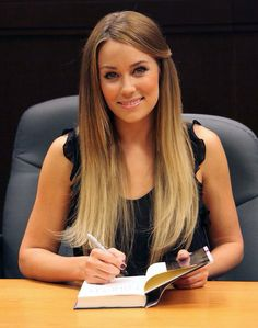 Lauren Conrad book signing with blonde ombre