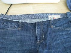 I have this pair of dark jean capris that I love, but were one size too big for me when I'm not pregnant. It annoyed me to be forced to wea. Sewing Maternity Clothes, Maternity Jeans, Altering Jeans, Dark Jeans, Diy Fashion, Annoyed, Sewing Crafts, Mom Jeans, How To Wear