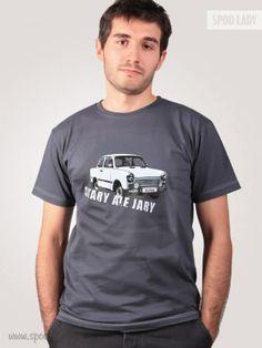Koszulka dla miłośników aut PRL. Może także być śmiesznym komentarzem jako prezent w dniu urodzin.