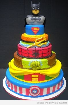 wow...if only I was that talented...this would be the perfect cake for Champy's birthday :)